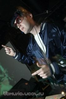 Deekline and Wizard - Boombox Mix 05-09-2008 скачать бесплатно