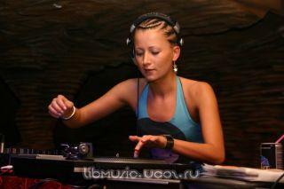 Lady Waks – Bass Planet 27-08-2009 скачать